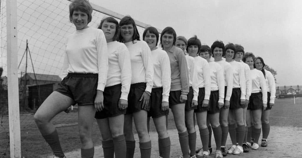 southampton preparing for 1970-71 mitre cup (FA womens cup final)